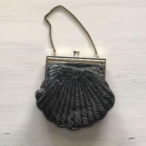 Vintage sea shell shaped purse